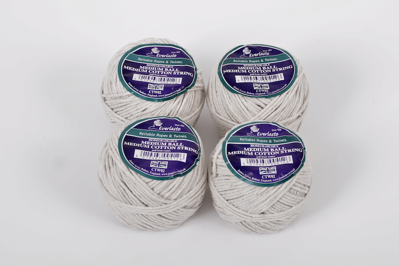 PACK OF 4 EVERLASTO MEDIUM COTTON STRING 2MM X 50G BALLS