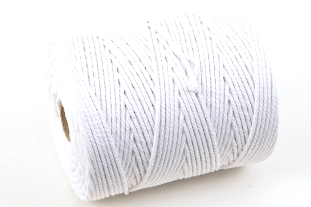 NO.6 EVERLASTO (6MM) BLEACHED COTTON PIPING CORD 0.5KG SPOOL