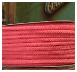 STRAWBERRY COLOURED COTTON MAGICIANS ROPE 10MM DIAMETER