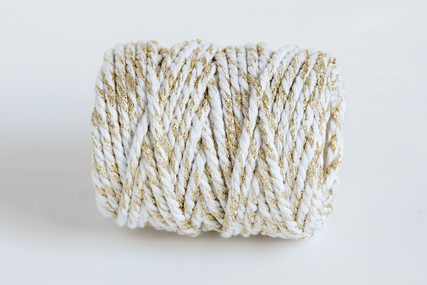CHUNKY BAKERS TWINE - WHITE GOLD SPARKLE